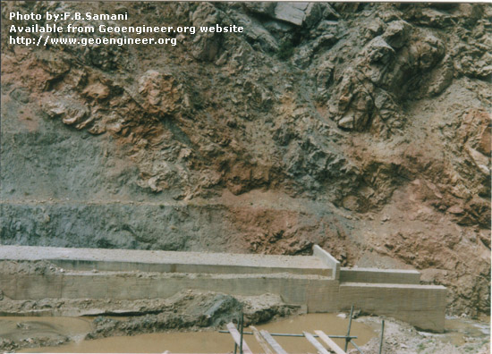 Title: Barun earthfill dam - Cut and cover structure of the diversion tunnel oulet<br>Title: Barun earthfill dam of 80m high. The photo shows Cut and cover structure of the diversion tunnel oulet. Donated by: F.B. Samani Date: December  1994