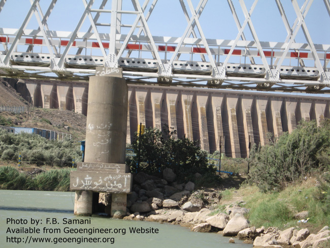 Title: Closer view of scoured bridge Pier<br>Title: Closer view of scoured bridge Pier