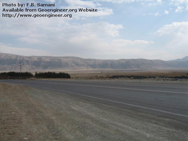 Title: Dasht a??e Arjan graben and its eastern fault scarp<br>Title: Dasht a??e Arjan graben and its eastern fault scarp.