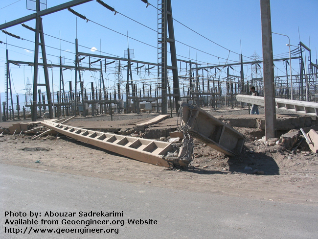 Title: Broken pole<br>Title: Broken pole, Bam City, Iran.