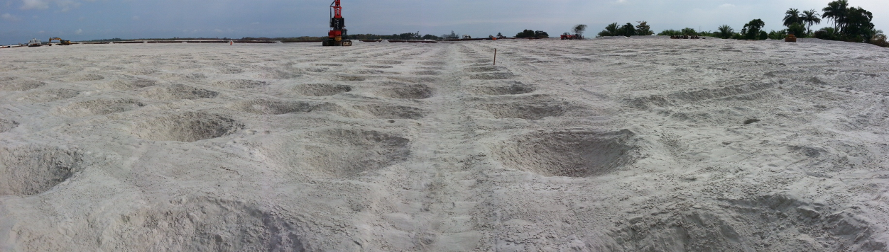 This particular site was compacted in a squared regular patter. The RIC technique offers a high degree of site treatment control allowing rapid densification of the soil.<br>This particular site was compacted in a squared regular patter. The RIC technique offers a high degree of site treatment control allowing rapid densification of the soil.