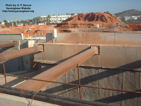 Title: Photo #4 of deep supported excavation in Attiki Odos, Greece<br>Title: Photo #4 of deep supported excavation in Attiki Odos, Greece