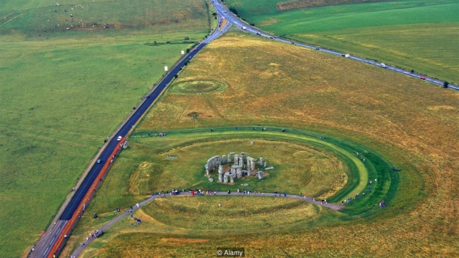 Tunnelling beneath Stonehenge: A controversial construction project