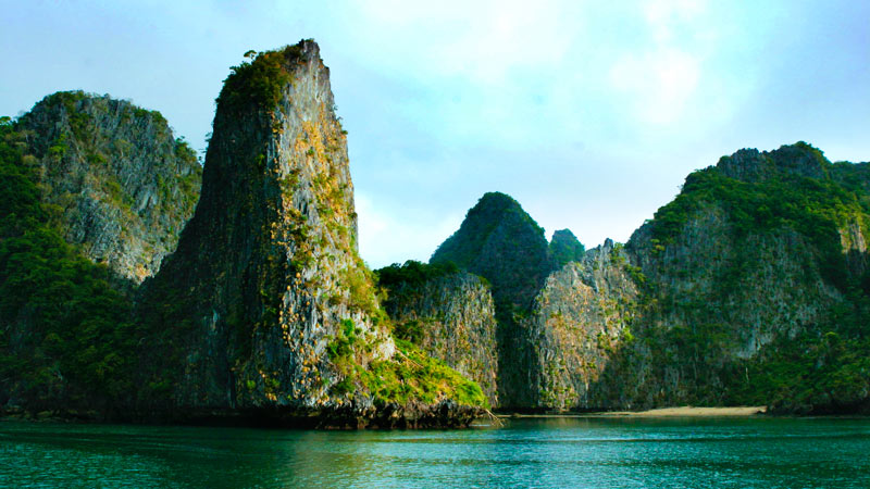 Sail Myanmar's Mergui Archipelago | Black Tomato